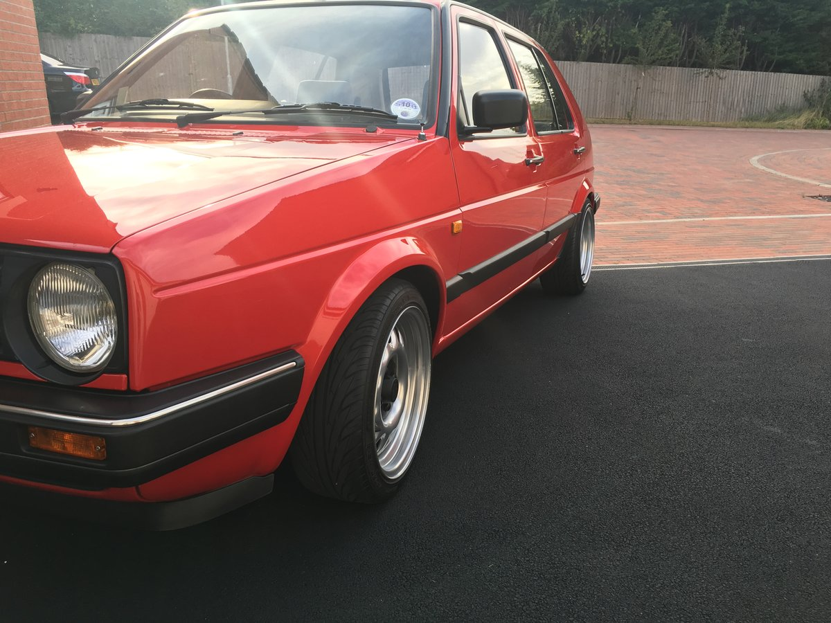 1989 VW Golf Mk2 1.6 CL Auto 32k Genuine low miles For Sale (picture 2 of 6)