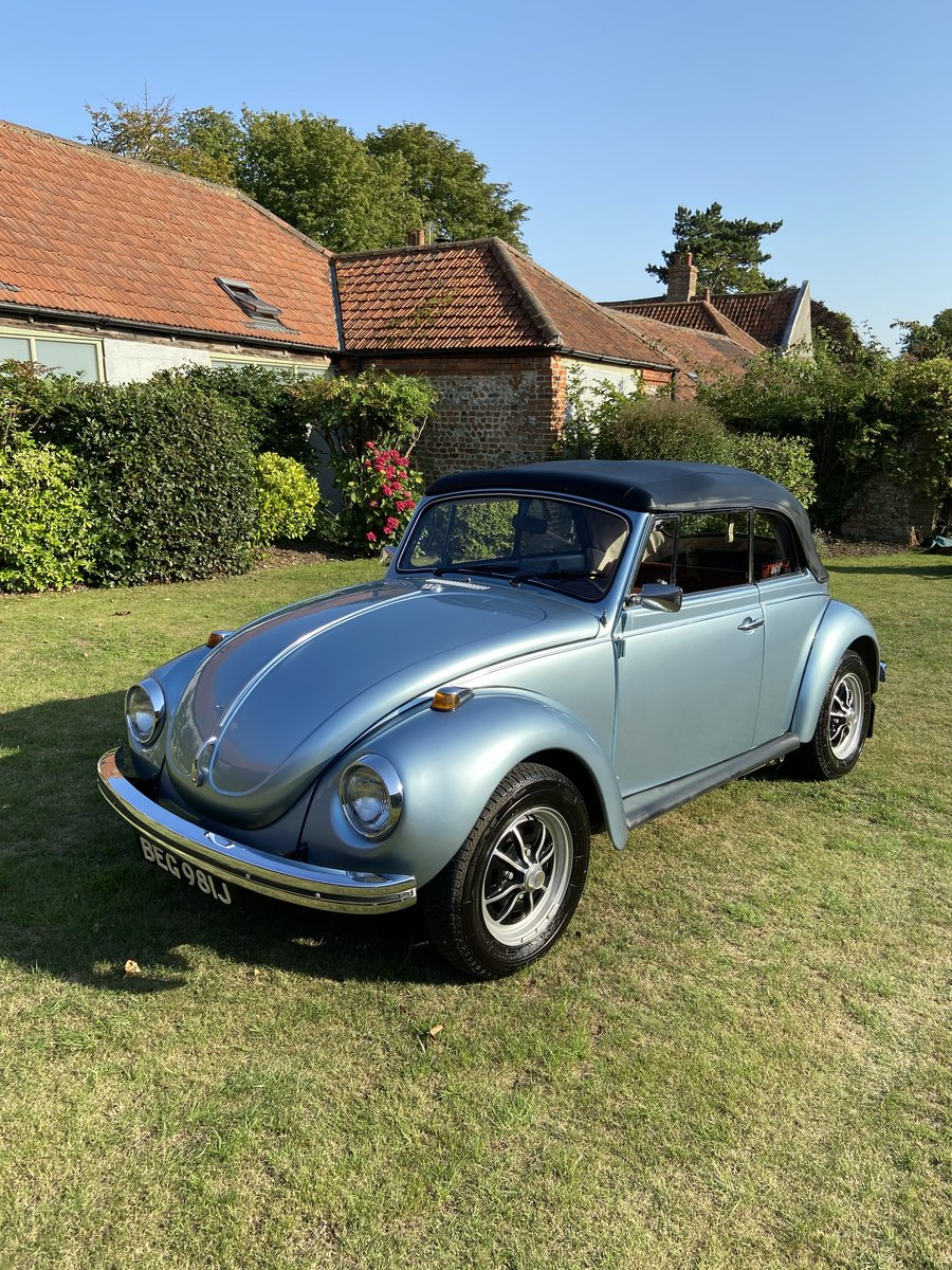 1970 VW Beetle Convertible Silver Blue Metallic For Sale (picture 2 of 6)