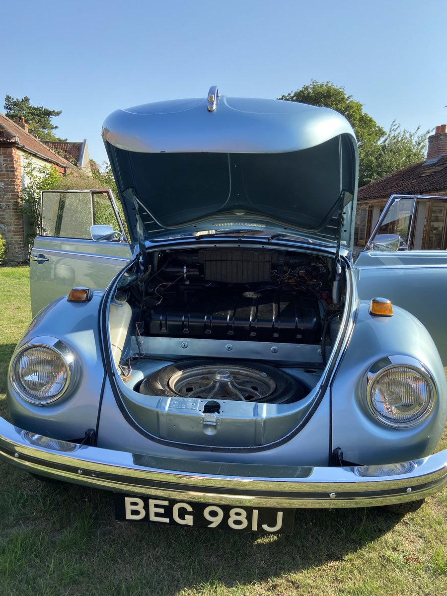 1970 VW Beetle Convertible Silver Blue Metallic For Sale (picture 4 of 6)