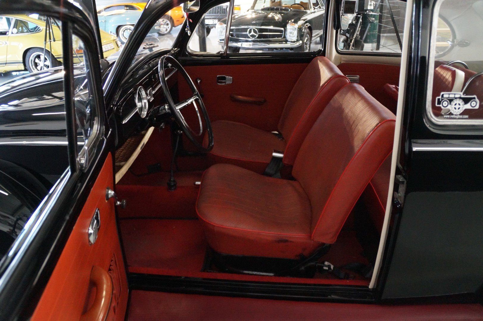 VOLKSWAGEN BEETLE matching numbers fully restored (1967) For Sale (picture 3 of 6)