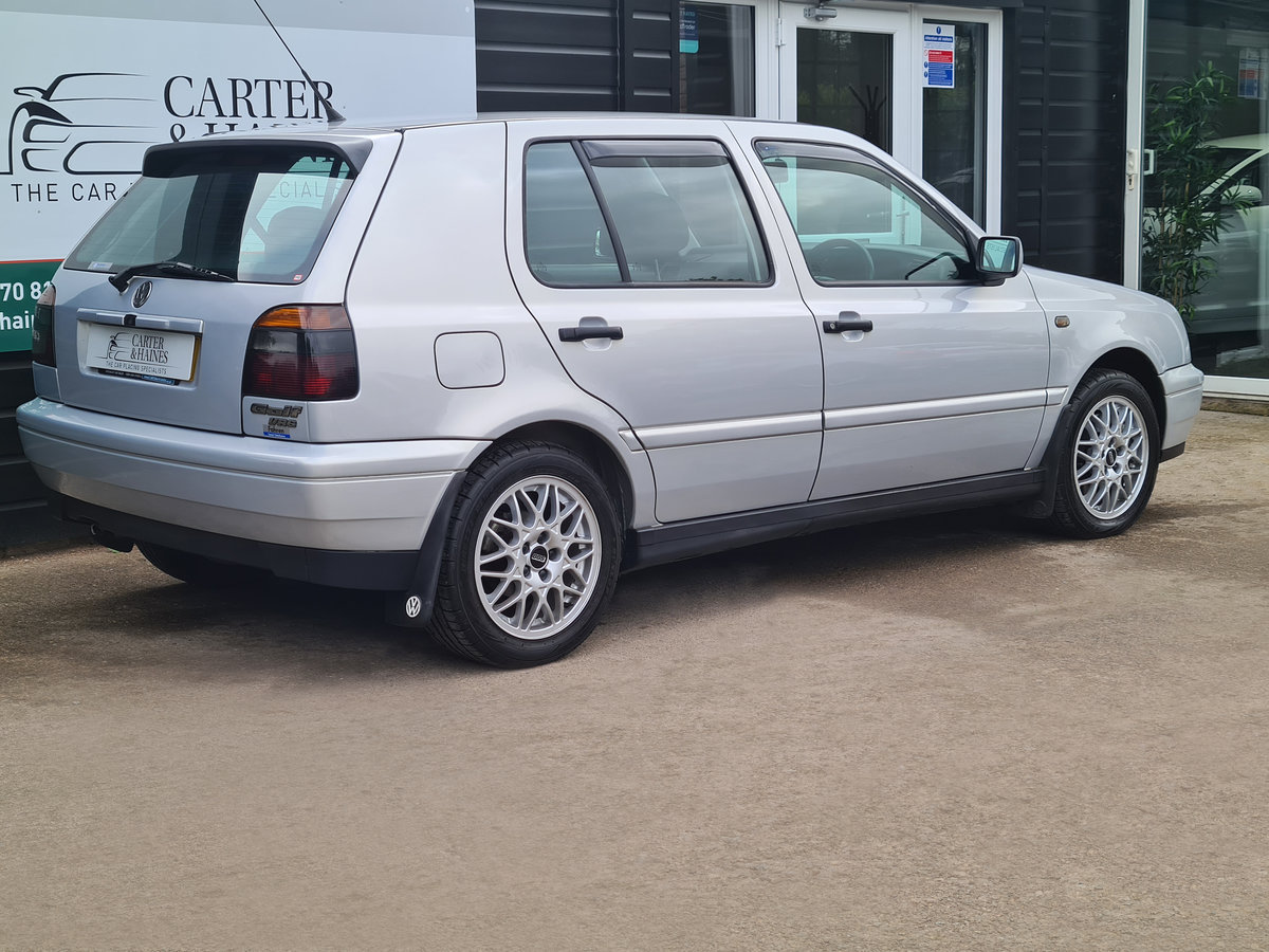 VOLKSWAGEN GOLF VR6 2.8 Auto VR6 1997 10,968 Miles For Sale (picture 6 of 24)