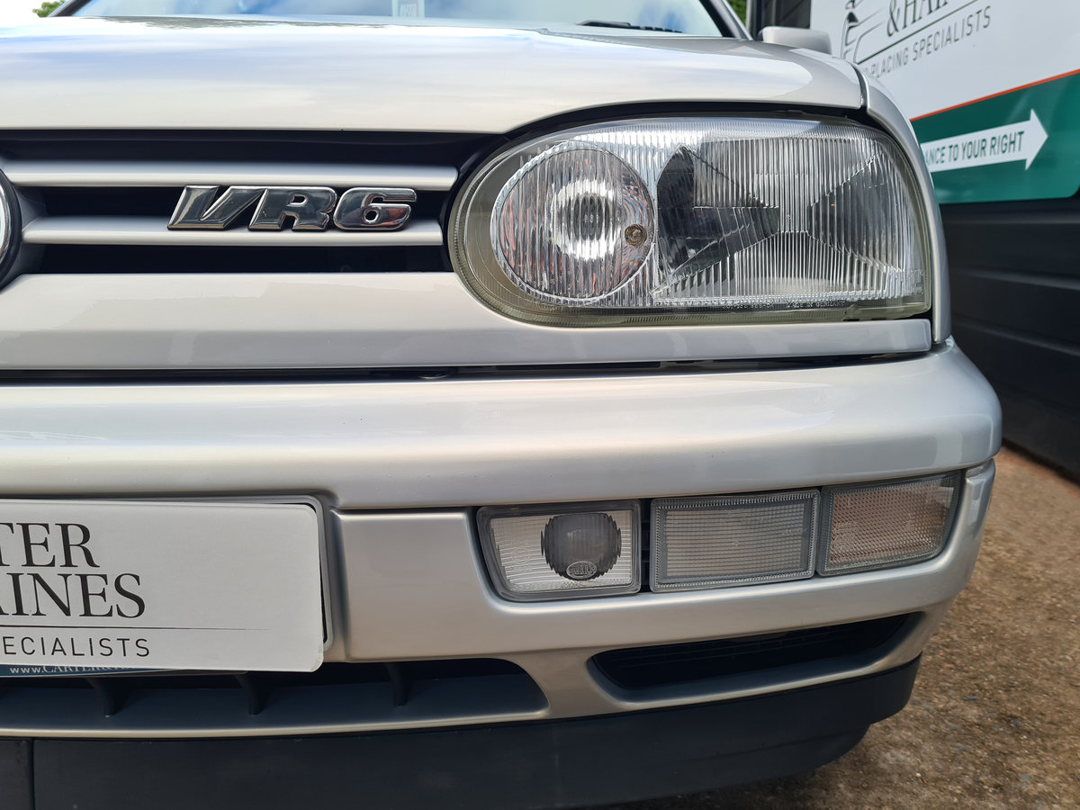 VOLKSWAGEN GOLF VR6 2.8 Auto VR6 1997 10,968 Miles For Sale (picture 10 of 24)