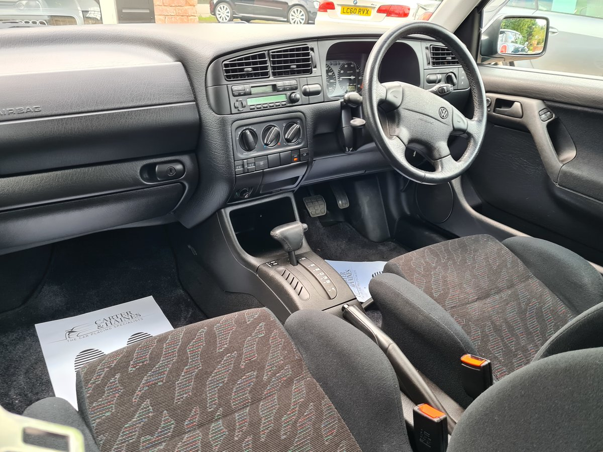 VOLKSWAGEN GOLF VR6 2.8 Auto VR6 1997 10,968 Miles For Sale (picture 14 of 24)