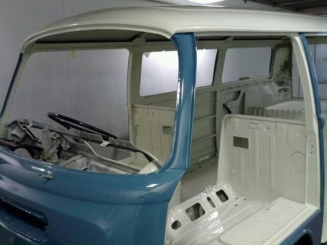 1971 Classic RHD Bay Window walk through Campervan For Sale (picture 4 of 6)