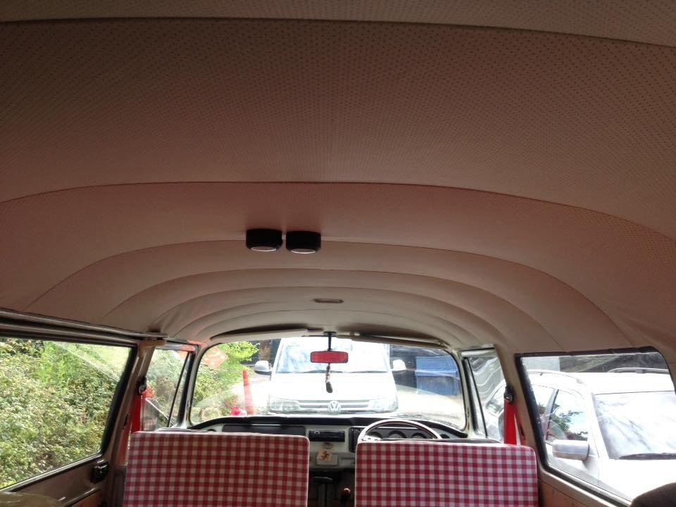 1971 Classic RHD Bay Window walk through Campervan For Sale (picture 5 of 6)