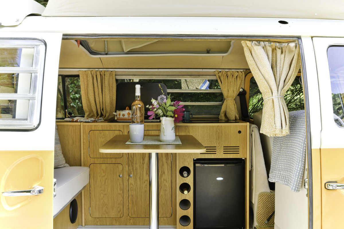 1971 We`ve put everything in to this stunning camper For Sale (picture 3 of 6)