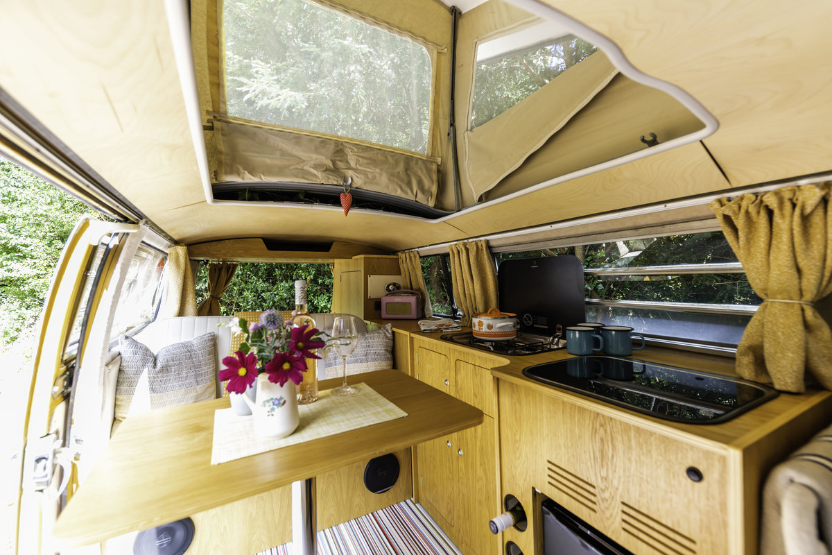 1971 We`ve put everything in to this stunning camper For Sale (picture 5 of 6)