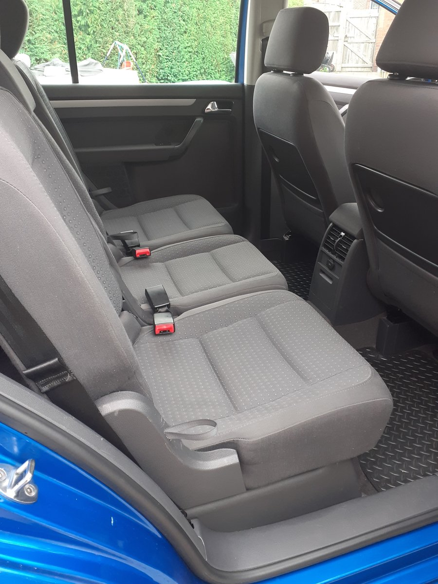 2005 Volkswagon Touran 7 seater  For Sale (picture 2 of 5)