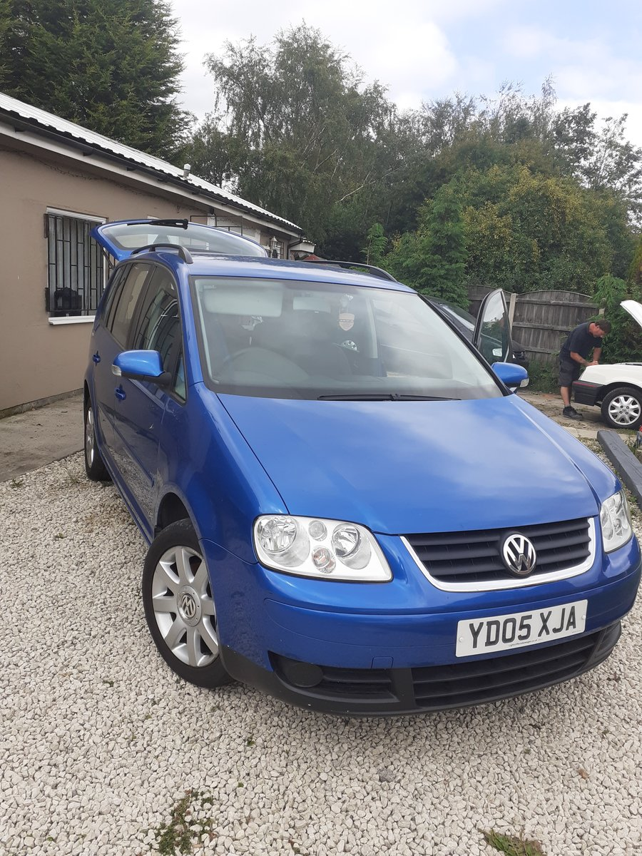 2005 Volkswagon Touran 7 seater  For Sale (picture 3 of 5)