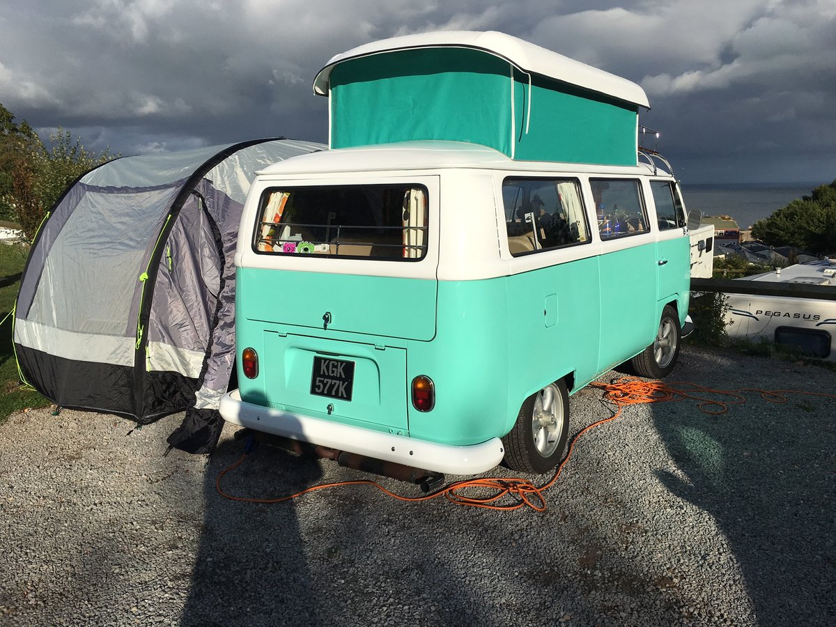 1971 VW Campervan Early Bay Walkthrough. For Sale (picture 3 of 6)