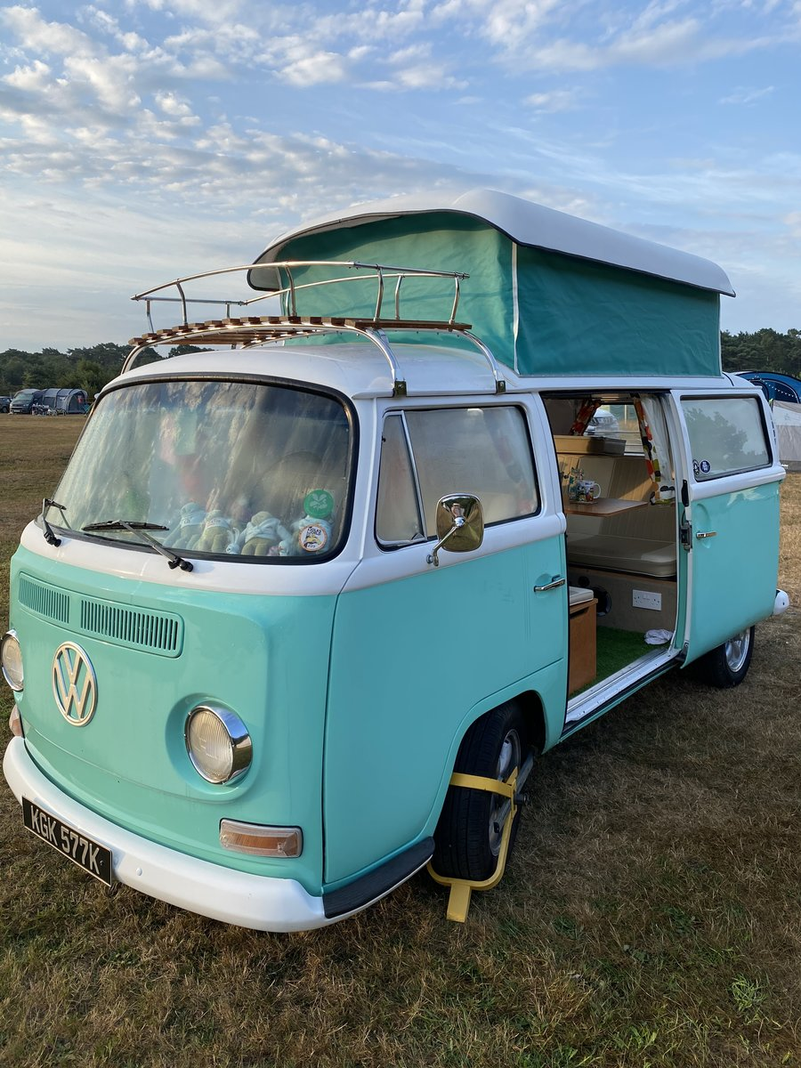1971 VW Campervan Early Bay Walkthrough. For Sale (picture 5 of 6)