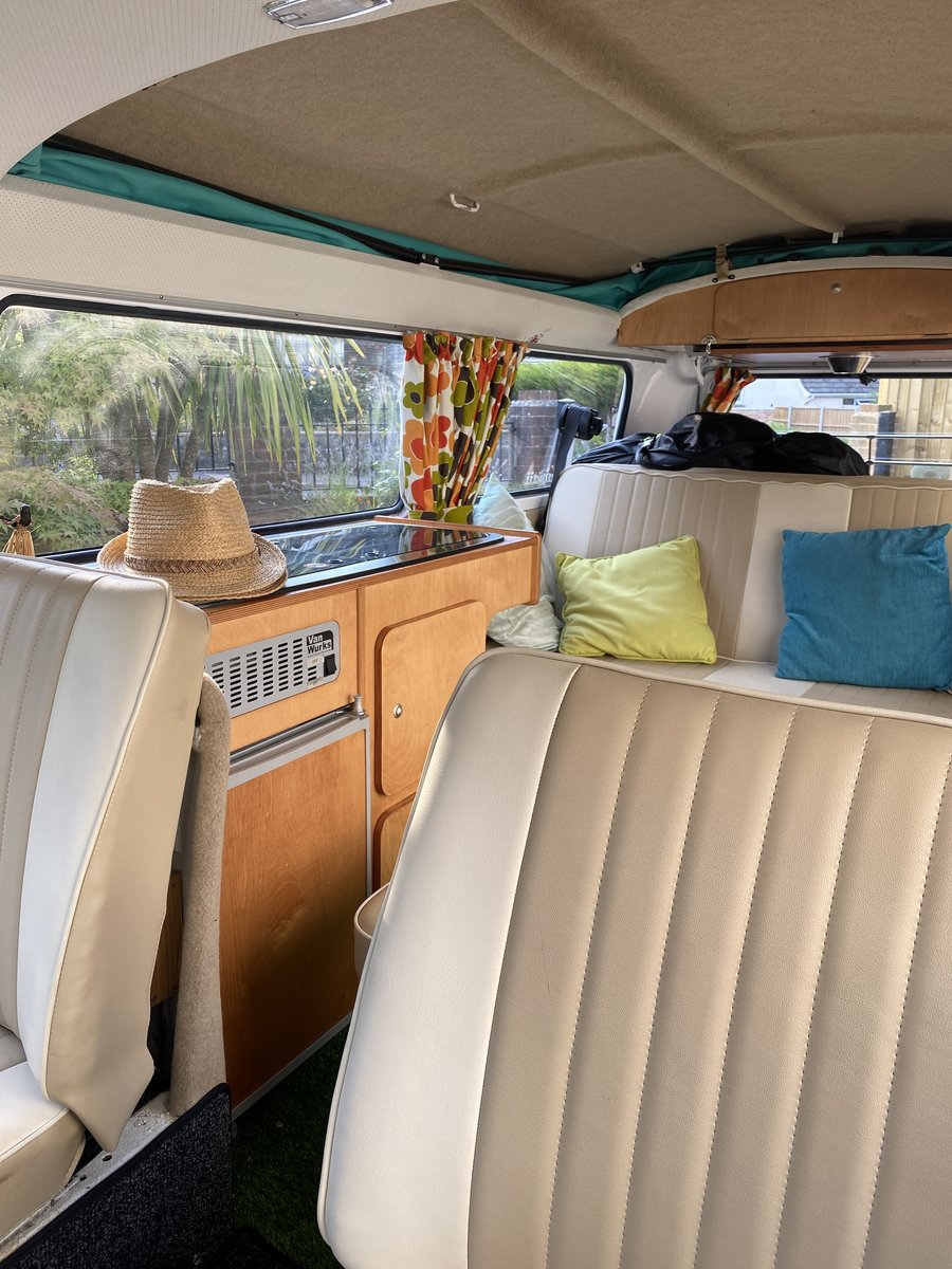 1971 VW Campervan Early Bay Walkthrough. For Sale (picture 6 of 6)
