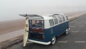 1967 VW Microbus Samba