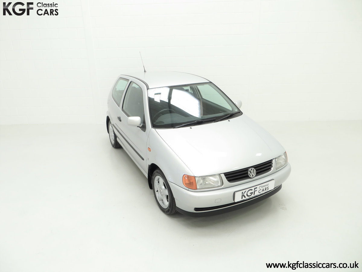 1998 Volkswagen Polo 1.4 CL, Mother & Son Owned with 22,608 Miles SOLD (picture 2 of 24)
