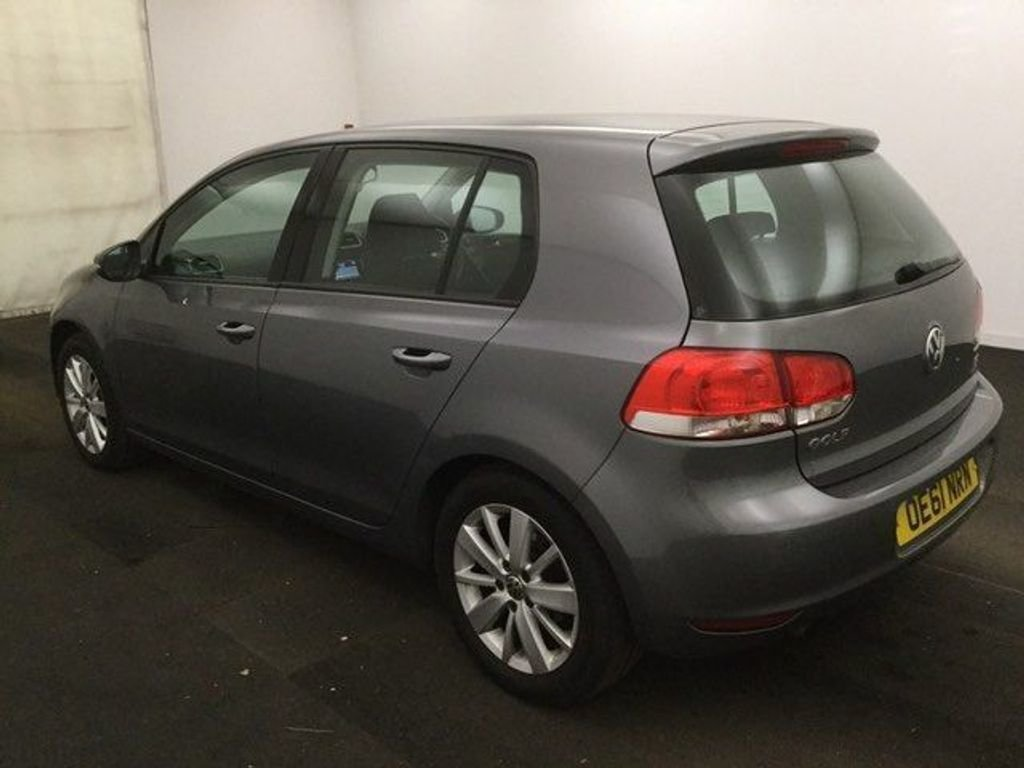 2011 Volkswagen Golf 1.6 TDI BlueMotion Tech Match CC Ltd Edn DSG For Sale (picture 2 of 2)