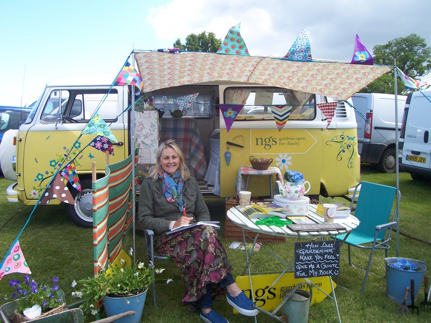 1979 'Daisybus' VW Type 2 Camper For Sale (picture 4 of 5)