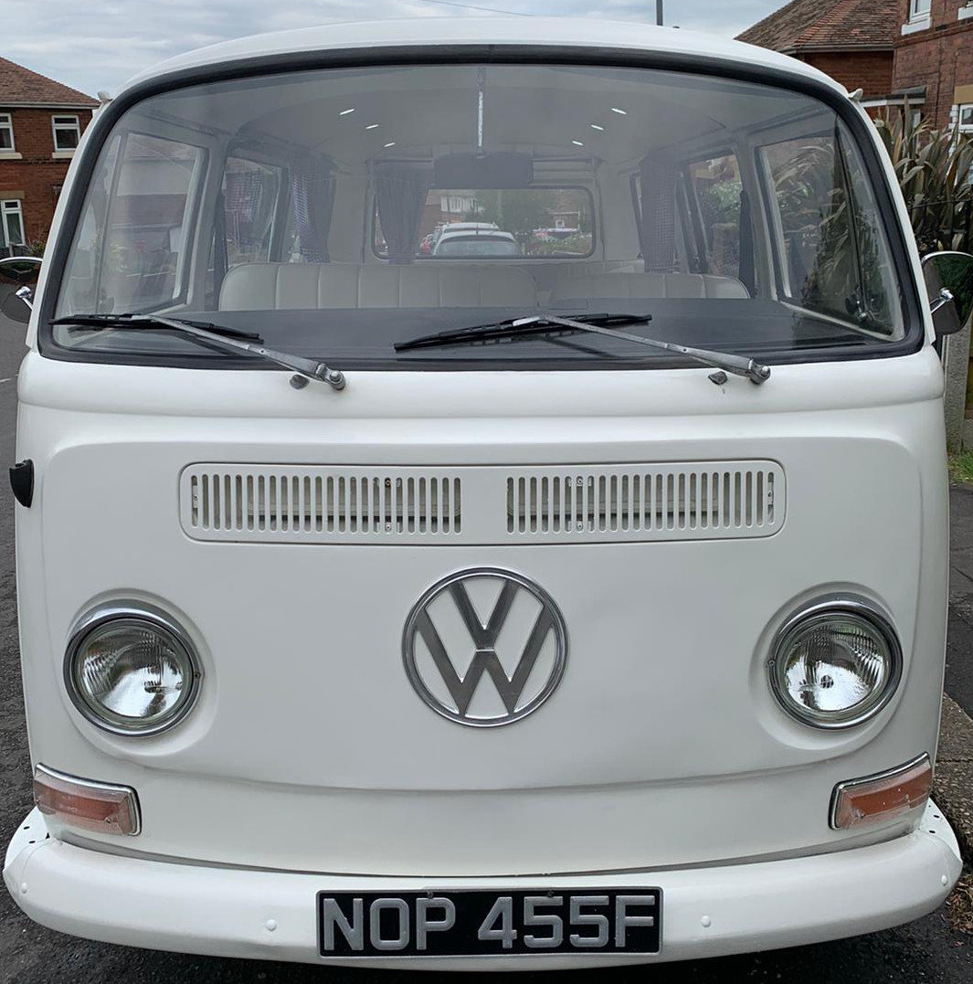 1968 VW T2 Early Bay Window Campervan LHD For Sale (picture 1 of 6)