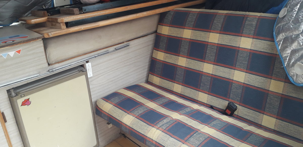 1972 VW T2 crossover Dormobile camper van tax exempt For Sale (picture 5 of 6)