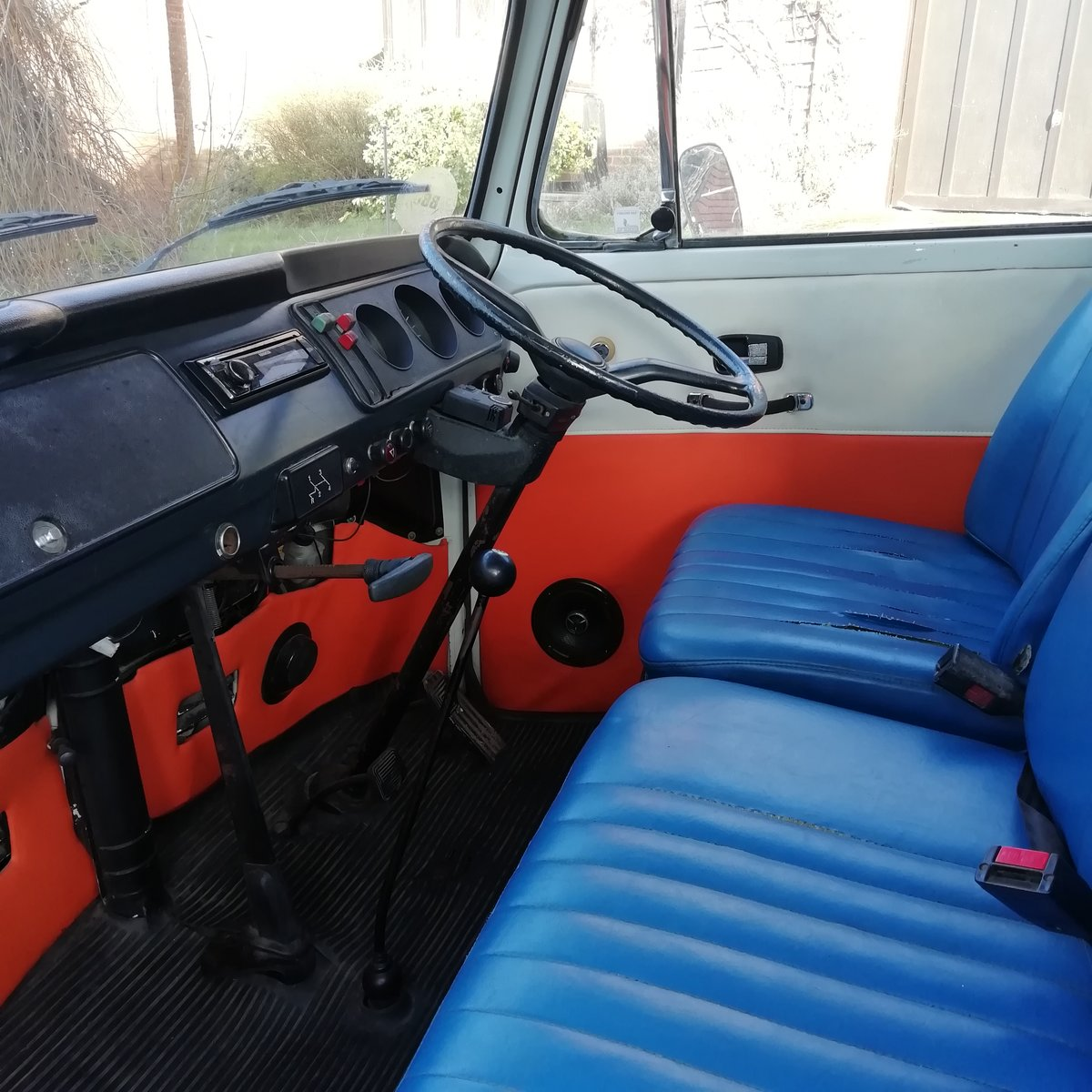 1972 Bay Window VW Camper For Sale (picture 4 of 6)