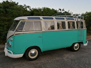 VW Samba t1 split window van