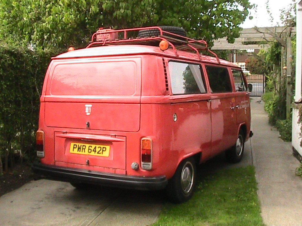 1975 Vw t2 firebus camper van For Sale (picture 3 of 6)