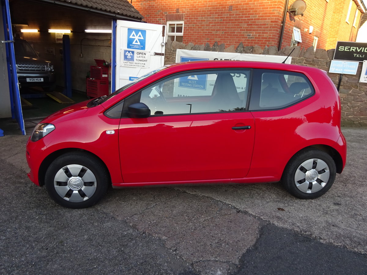 2013 63 BRIGHT RED V/W UP SMART LOOKER 82,000 MILES WITH F.S.H  For Sale (picture 4 of 6)