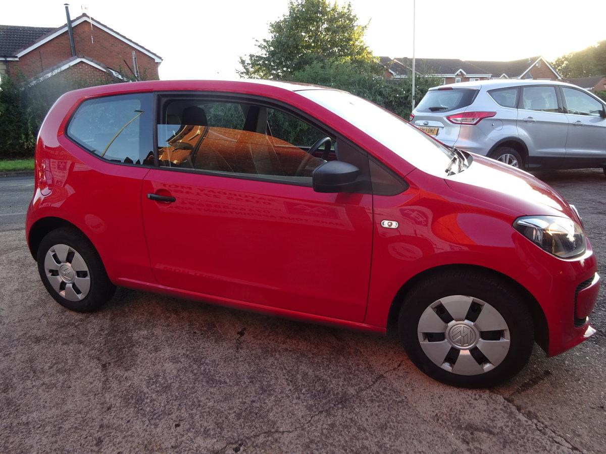 2013 63 BRIGHT RED V/W UP SMART LOOKER 82,000 MILES WITH F.S.H  For Sale (picture 5 of 6)