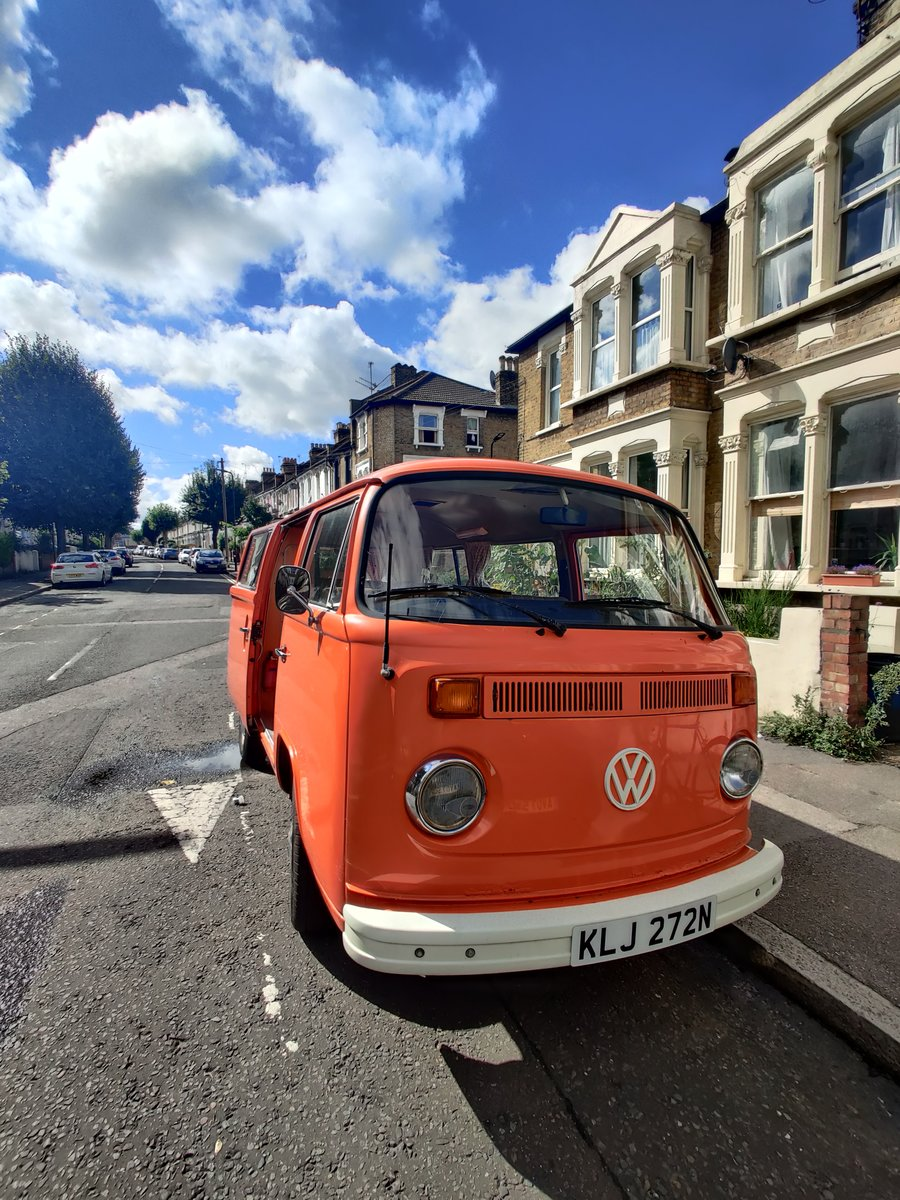 1975 T2 Orange VW camper, low mileage For Sale (picture 2 of 6)