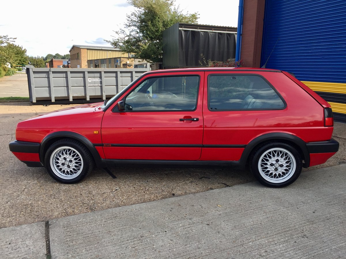 1991 Volkswagen Golf MK2 GTI 8V 3Dr Tornado red For Sale (picture 4 of 6)