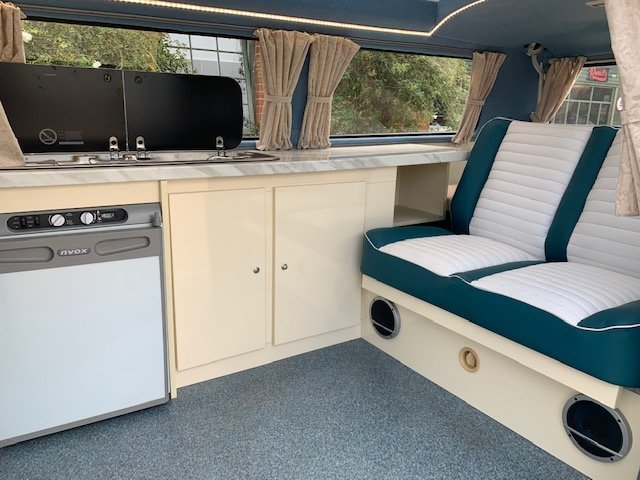 1972 VW Campervan T2 bay For Sale (picture 3 of 6)