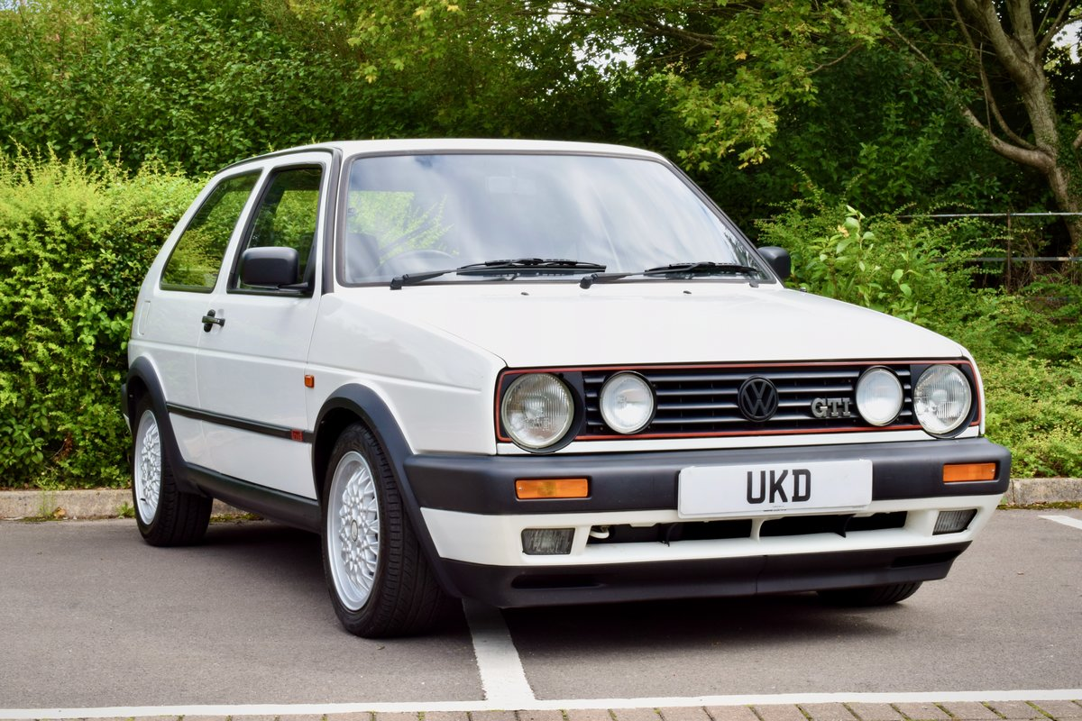 VW GOLF MK2 GTI 8V WHITE 3DR 1991 LOW MILEAGE For Sale (picture 1 of 8)