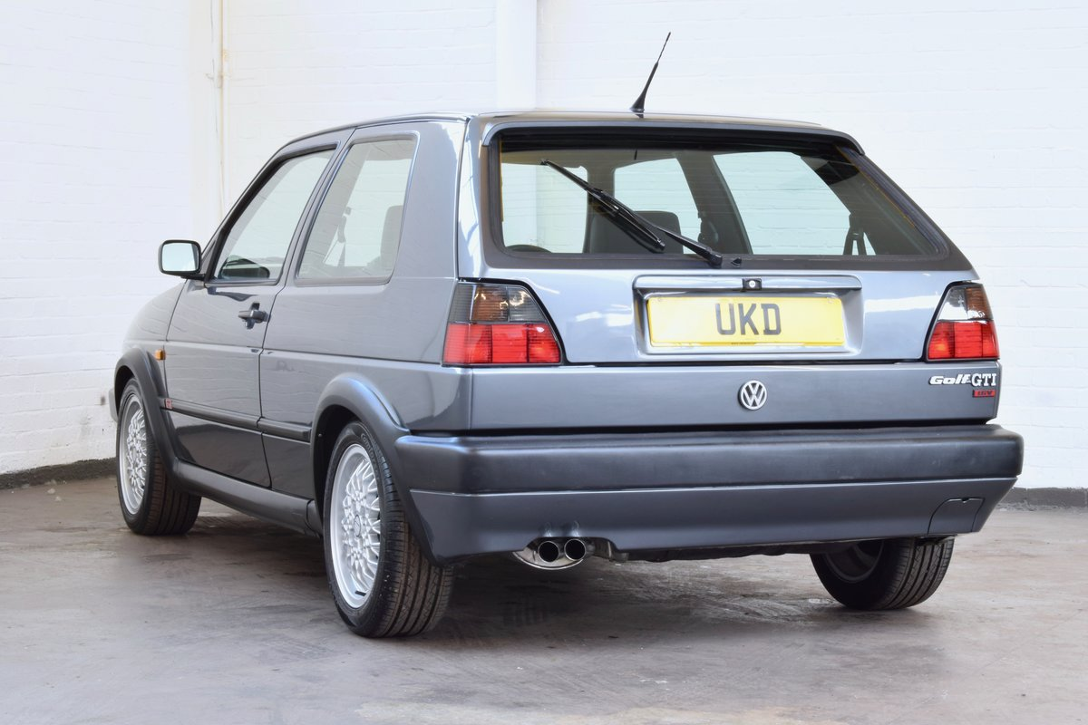 VW GOLF MK2 GTI 16V GREY 3DR 1990 WITH AIR CON LOW MILEAGE For Sale (picture 5 of 20)