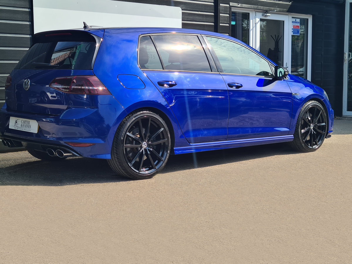 2015 Huge Spec. FSH For Sale (picture 3 of 19)