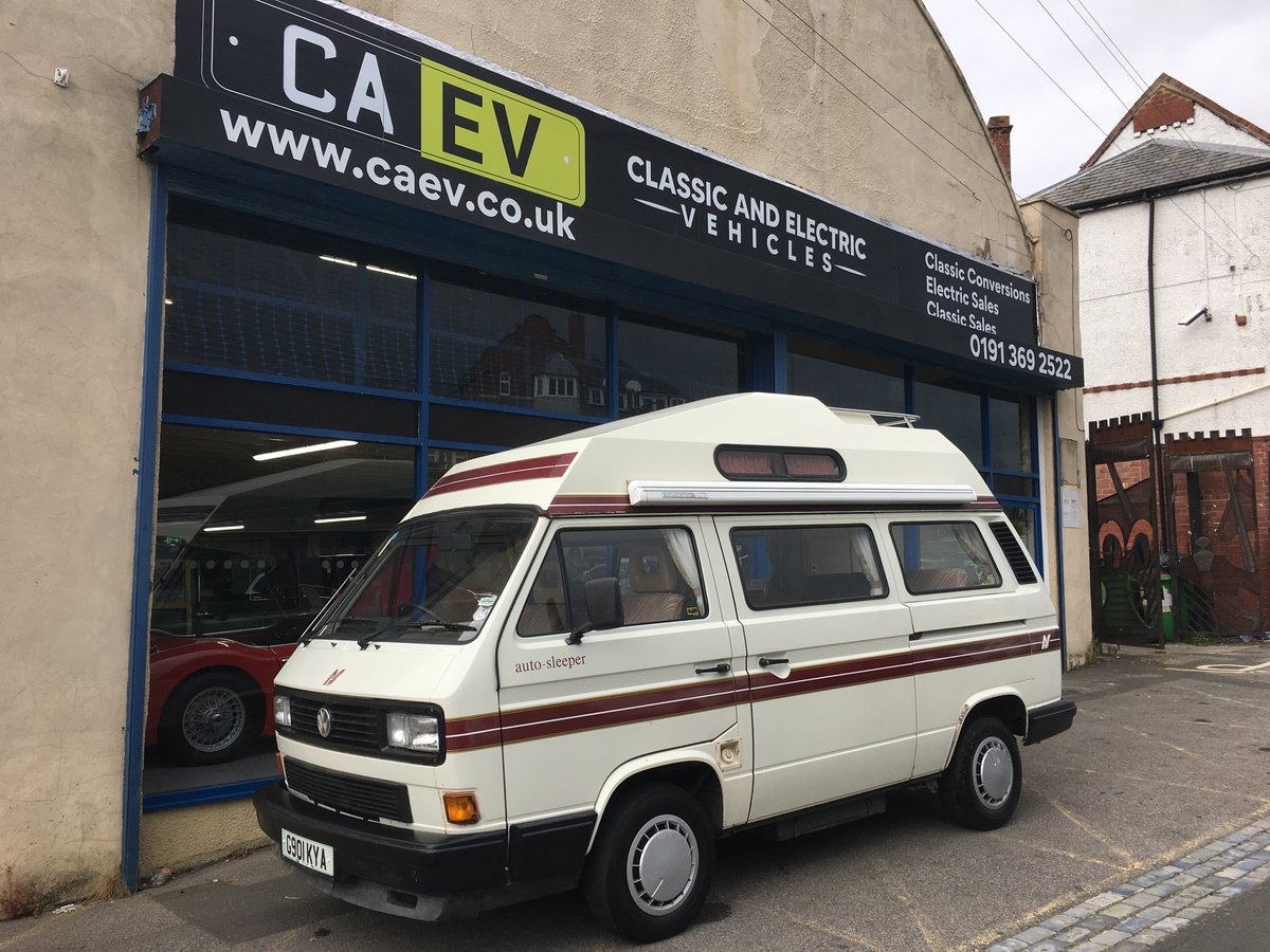 1989 VW T25 (T3) Autosleeper Trident Campervan For Sale (picture 1 of 6)
