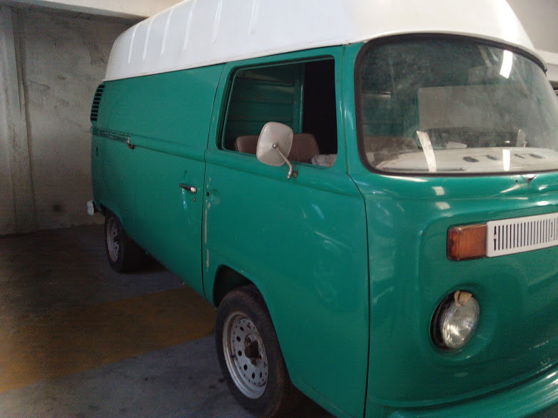 1974 Volkswagen T2 For Sale (picture 1 of 6)