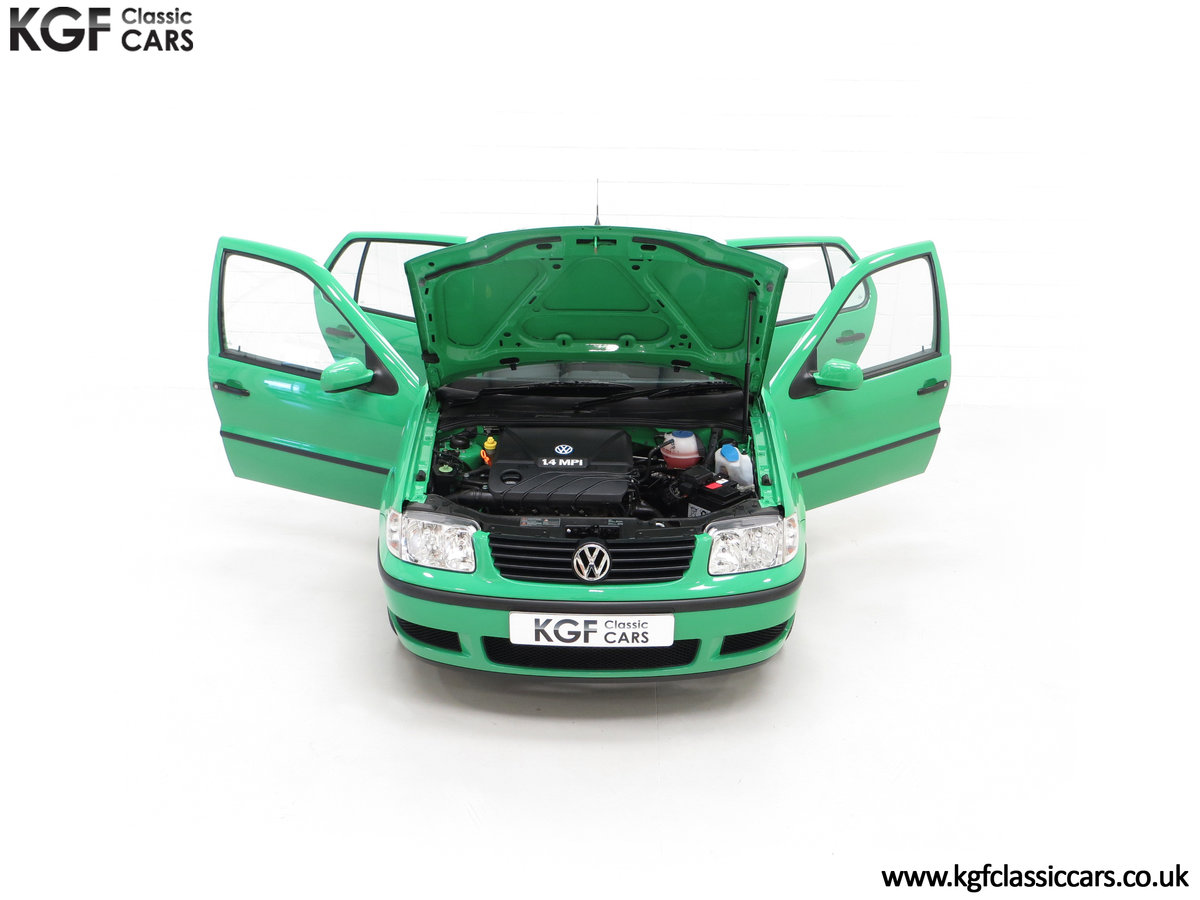 2000 A Vivid Volkswagen Polo 1.4 E with Just 13,462 Miles SOLD (picture 4 of 24)