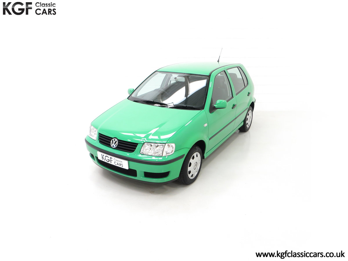 2000 A Vivid Volkswagen Polo 1.4 E with Just 13,462 Miles SOLD (picture 5 of 24)