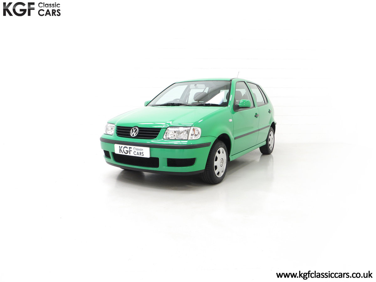 2000 A Vivid Volkswagen Polo 1.4 E with Just 13,462 Miles SOLD (picture 6 of 24)