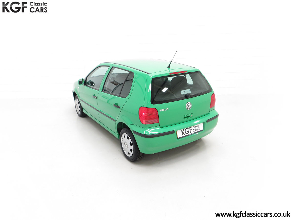2000 A Vivid Volkswagen Polo 1.4 E with Just 13,462 Miles SOLD (picture 9 of 24)