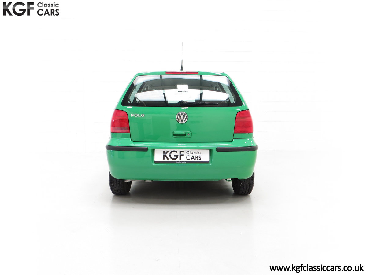 2000 A Vivid Volkswagen Polo 1.4 E with Just 13,462 Miles SOLD (picture 10 of 24)