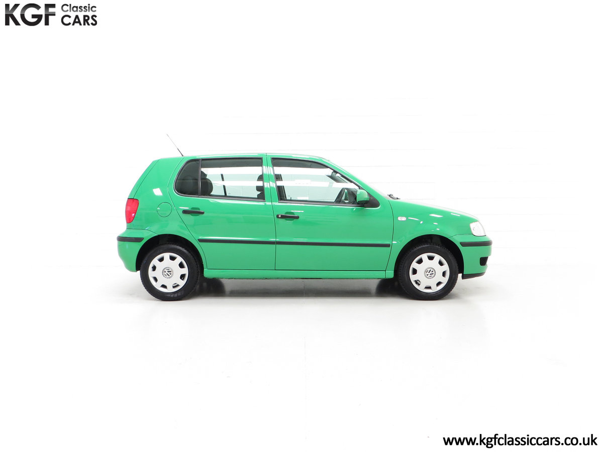 2000 A Vivid Volkswagen Polo 1.4 E with Just 13,462 Miles SOLD (picture 14 of 24)
