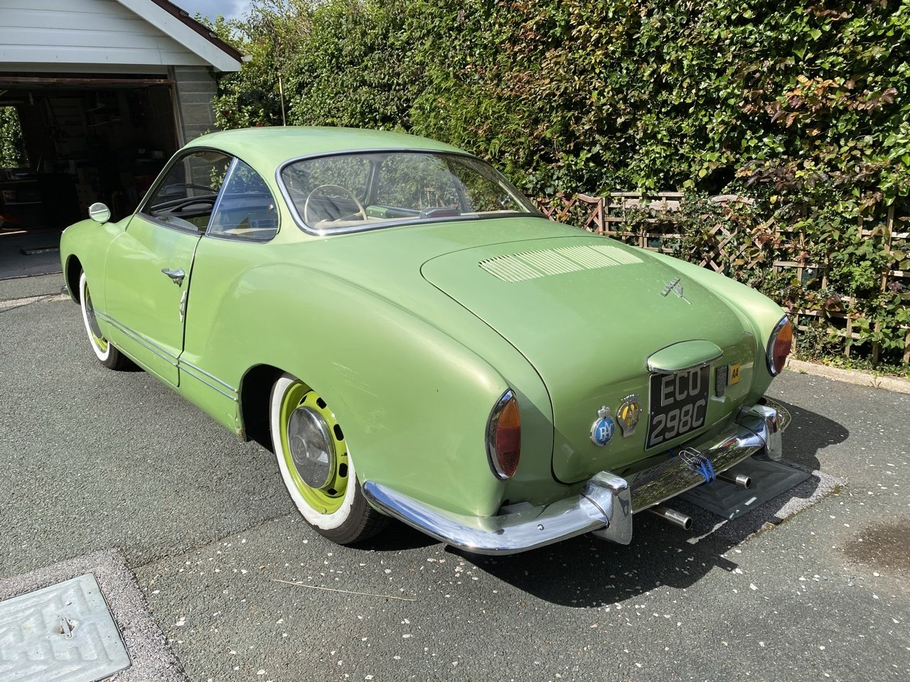 1965 Volkswagen Karmann Ghia SOLD (picture 3 of 6)
