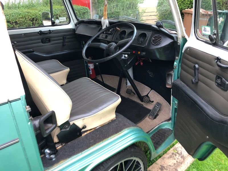 1975 Volkswagen T2 For Sale (picture 5 of 6)