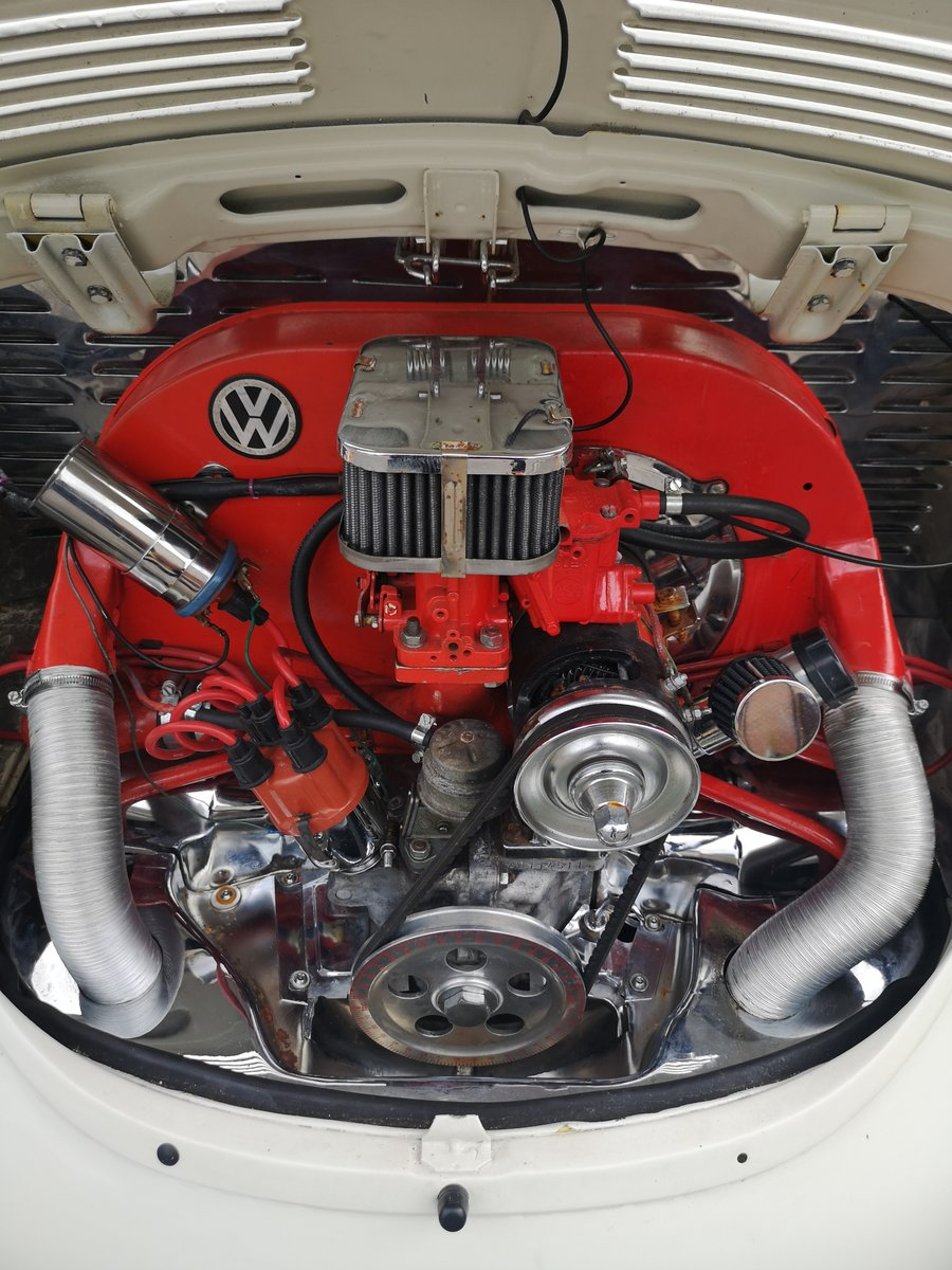 Stunning 1970 VW 1302Super Beetle 1600cc For Sale (picture 2 of 6)