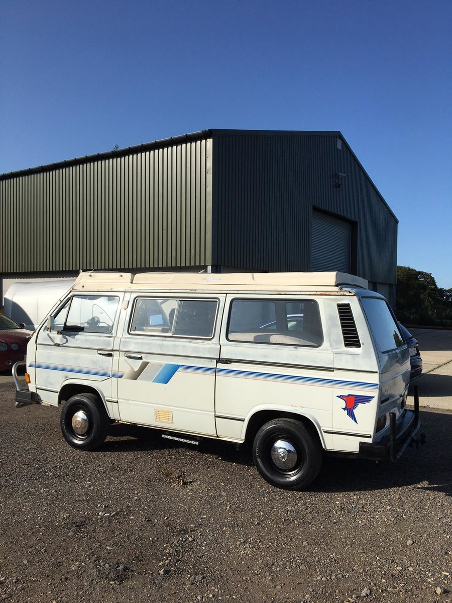 1982 VW T25 Aircooled Auto Campervan For Sale (picture 2 of 6)