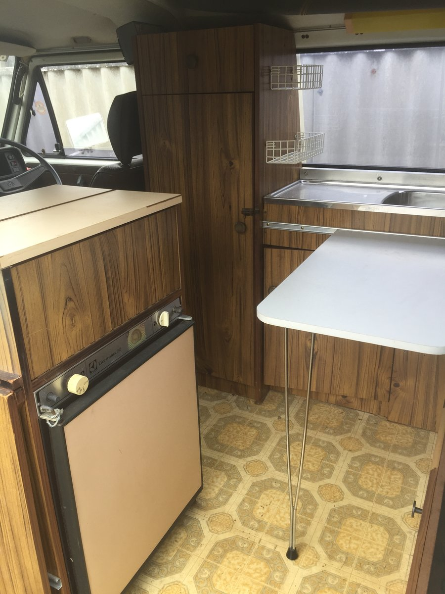1982 VW T25 Aircooled Auto Campervan For Sale (picture 6 of 6)