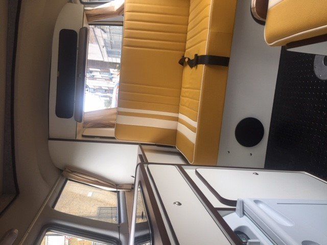 1981 T25 VW campervan For Sale (picture 3 of 5)