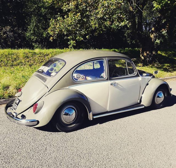 1976 VW beetle full restoration For Sale (picture 1 of 6)