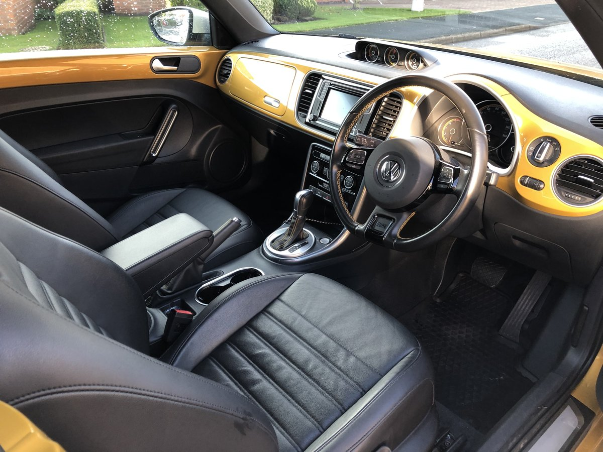 2017 Limited edition VW Beetle Dune Cabrio Diesel DSG For Sale (picture 4 of 6)