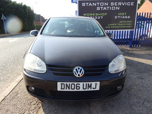 Picture of 2006 3 DOOR GOLF IN BLACK WITH ALLOY WHEELS NEW MOT FSI ENGINE